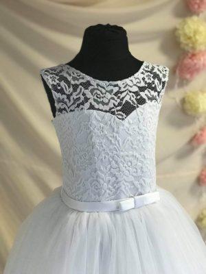 Gyerek-elsőáldozó-ruha-3-2019.05.02