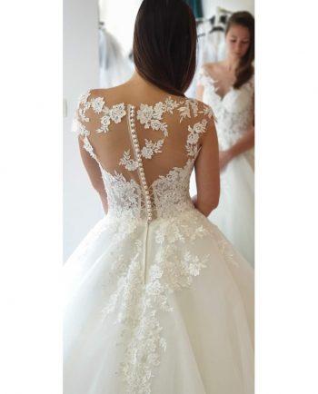 Esküvői ruhák 774x960