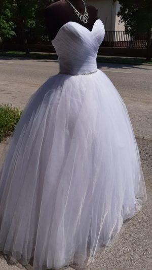 Menyasszonyi Ruha Elegáns Esküvő Szalon